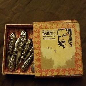 Vintage daintee corn holders (8 total)